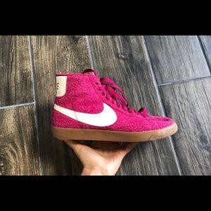 Nike Blazer Mid Suede 7 Vintage Fuchsia 518171 614